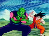 Gokuh y Piccolo forman equipo contra Raditz